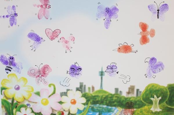 幼儿园大班教案:大班美术《空中飞翔的朋友们》教案